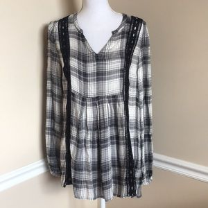 Tops - 4/$25💕 Plaid Babydoll Style Top